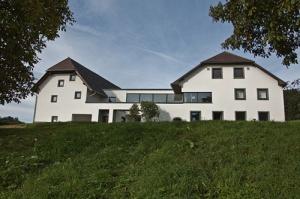 bauernhaus_kirchschlag_anytime_architekten_foto_juergenhaller2